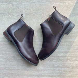 Vionic Nadelle Leather Ankle Booties